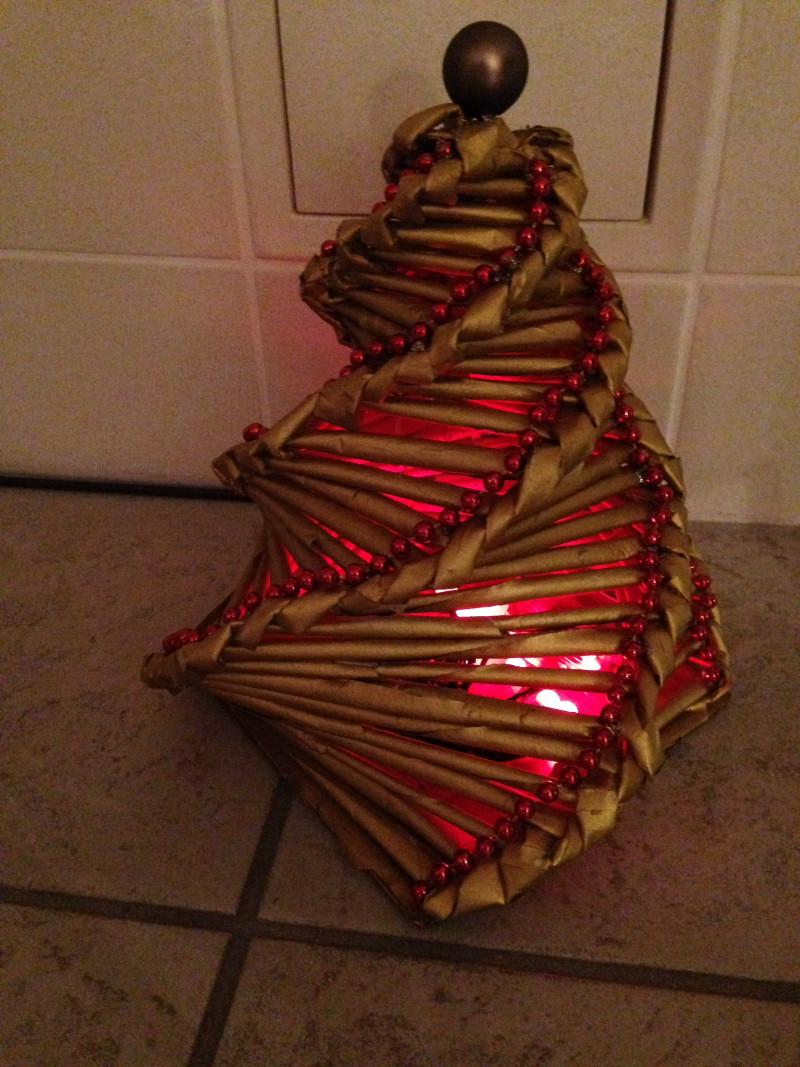 weihnachtsbaum schm cken weihnachten im kindergarten. Black Bedroom Furniture Sets. Home Design Ideas