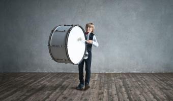 Rhythmusschulung durch Trommeln