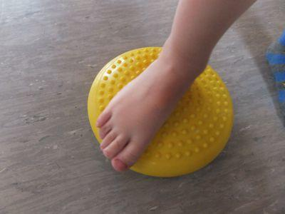 "Barfussparcours  <br /><span class=""second""> Spiel mit dem Fuß</span>"