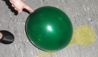 Turnen mit dem Luftballon