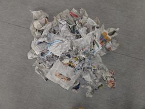 Turnen mit Zeitungen