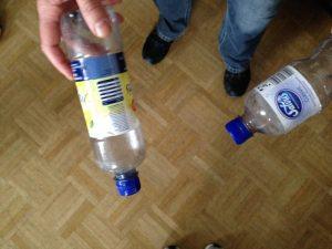 Plastikflaschen im Sportunterricht