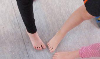 Kunststudio - Malen mit Füßen